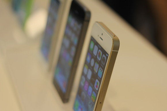 iPhone 5s monoliths
