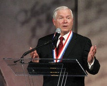 Politics keeps the U.S. from securing private-sector networks, says former CIA chief Robert Gates