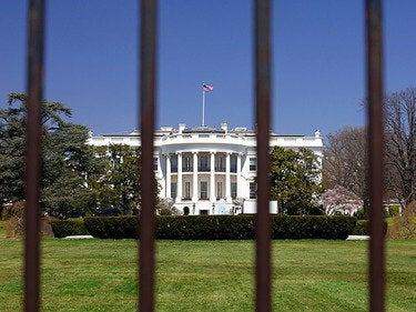 Trump's federal hiring freeze won't kill government IT hiring