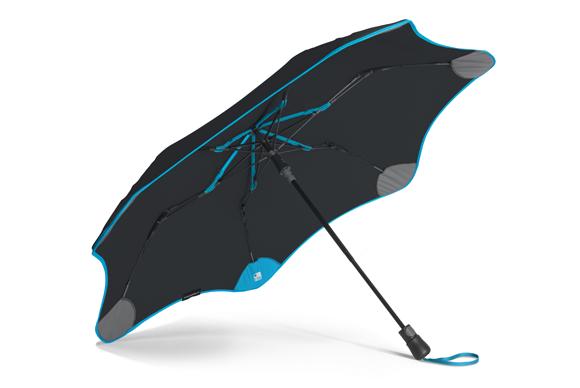 Blunt XS Metro + Tile umbrella