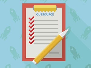 7 tips for managing an IT outsourcing contract