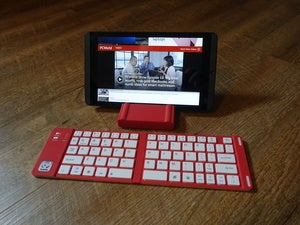iWerkz Keyboard unfolded with stand